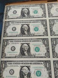 Feuille De 32 Bons D'un Dollar Américains Non Coupés Série De 1 $ 1985 Devise Last One